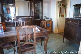 Image No.8-Maison de ville de 3 chambres à vendre à Pollina