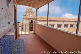 Image No.12-Maison de ville de 3 chambres à vendre à Pollina