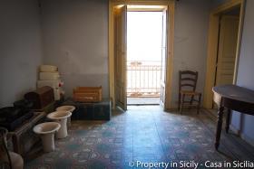 Image No.22-Maison de ville de 3 chambres à vendre à Pollina
