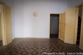 Image No.30-Maison de ville de 3 chambres à vendre à Pollina