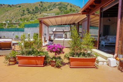 Villa-Sonja-Swimmingpool-Letojanni-Sicily-property-34