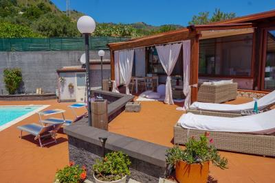 Villa-Sonja-Swimmingpool-Letojanni-Sicily-property-31
