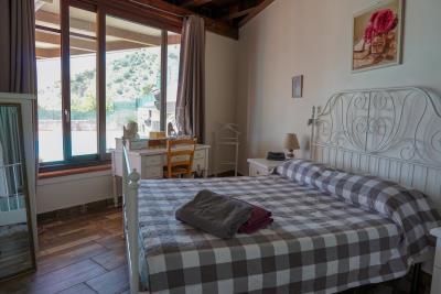 Villa-Sonja-Swimmingpool-Letojanni-Sicily-property-25