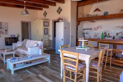 Villa-Sonja-Swimmingpool-Letojanni-Sicily-property-20