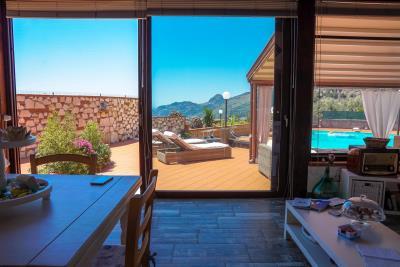 Villa-Sonja-Swimmingpool-Letojanni-Sicily-property-18