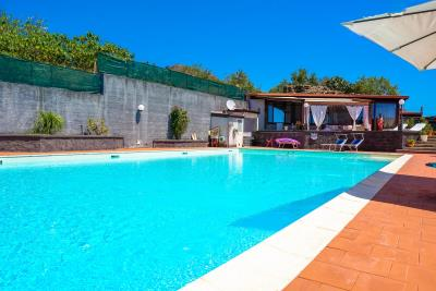 Villa-Sonja-Swimmingpool-Letojanni-Sicily-property-8