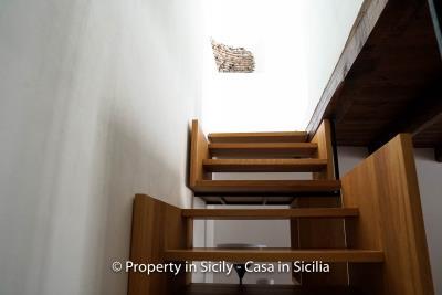 13--Maison-Emiliano-gratteri-buy-a-property-in-sicily-6