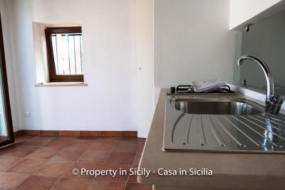 16--Maison-Emiliano-gratteri-buy-a-property-in-sicily-4