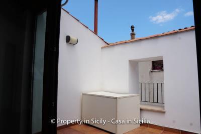 18--Maison-Emiliano-gratteri-buy-a-property-in-sicily-2