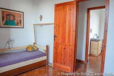 Villa-Lidia-Altavilla-Milicia-Torre-Normanna-32
