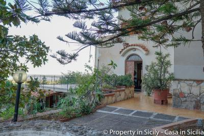 Villa-Lidia-Altavilla-Milicia-Torre-Normanna-19