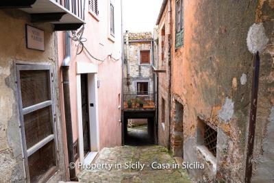 Casa-li-bianchi-real-estate-pollina-property-in-sicily-25