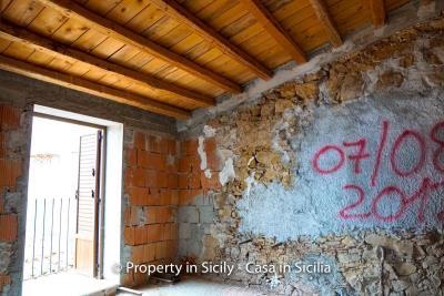 Casa-li-bianchi-real-estate-pollina-property-in-sicily-10