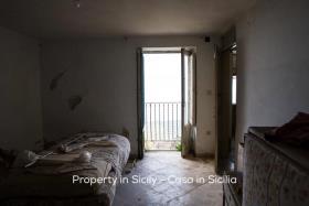Image No.5-Maison de ville de 2 chambres à vendre à Pollina