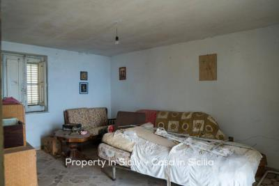 Casa-bianca-property-in-sicily-pollina-18