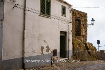 Casa-bianca-property-in-sicily-pollina-20