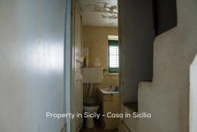 Image No.11-Maison de ville de 2 chambres à vendre à Pollina