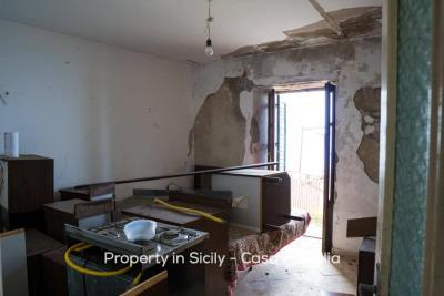 Casa-bianca-property-in-sicily-pollina-10