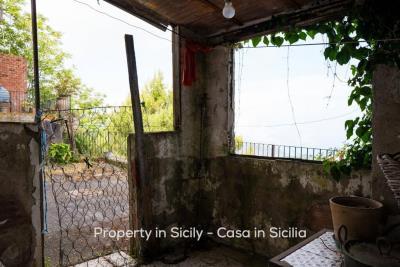 Casa-bianca-property-in-sicily-pollina-01