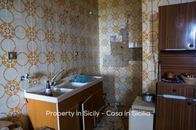 Casa-bianca-property-in-sicily-pollina-03