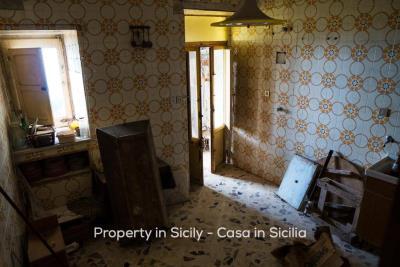 Casa-bianca-property-in-sicily-pollina-04