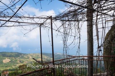 Casa-bianca-property-in-sicily-pollina-08