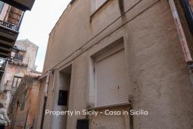 Image No.1-Maison de ville de 2 chambres à vendre à Pollina