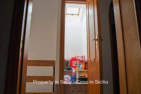 Image No.3-Maison de ville de 2 chambres à vendre à Pollina