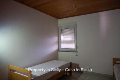 Casa-collosi-property-in-sicily-pollina-12