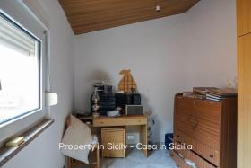Image No.13-Maison de ville de 2 chambres à vendre à Pollina