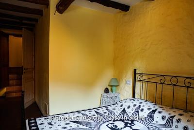 casa_claudia_rodi_milici_property_in_sicily_house_to_buy-21