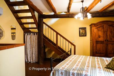 casa_claudia_rodi_milici_property_in_sicily_house_to_buy-13