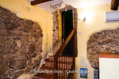 casa_claudia_rodi_milici_property_in_sicily_house_to_buy-14