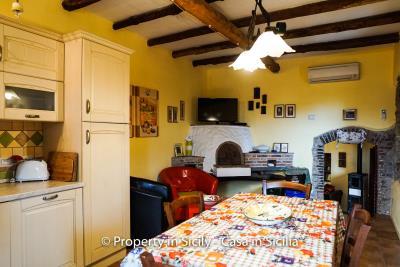 casa_claudia_rodi_milici_property_in_sicily_house_to_buy-11