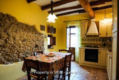 casa_claudia_rodi_milici_property_in_sicily_house_to_buy-10