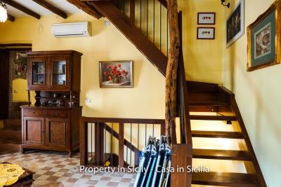 casa_claudia_rodi_milici_property_in_sicily_house_to_buy-7