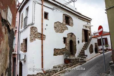 casa_claudia_rodi_milici_property_in_sicily_house_to_buy-2