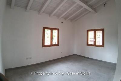 Villa-isabelle-permaculture-estate-sicily-sea-view-buy-property-interior-10