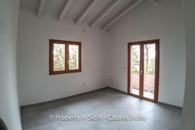 Villa-isabelle-permaculture-estate-sicily-sea-view-buy-property-interior-7