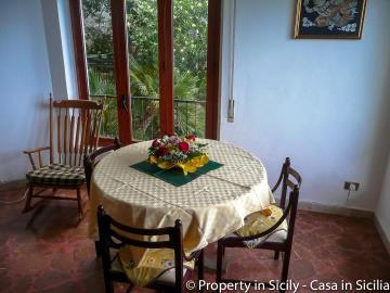 Villa-to-sell-in-sicily-sea-villa-russo-3
