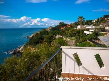 Villa-to-sell-in-sicily-sea-villa-russo-18