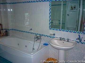 Villa-to-sell-in-sicily-sea-villa-russo-31