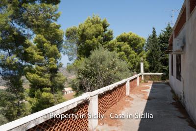 Villa-Vacaro-renovation-project-sicily-pool-seaview-8