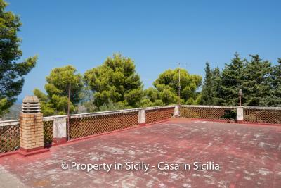 Villa-Vacaro-renovation-project-sicily-pool-seaview-12