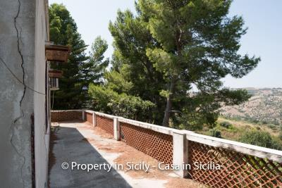 Villa-Vacaro-renovation-project-sicily-pool-seaview-11