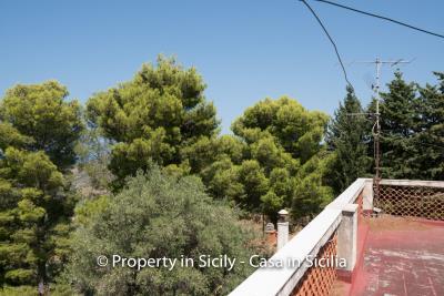 Villa-Vacaro-renovation-project-sicily-pool-seaview-15