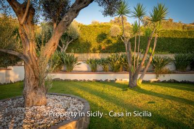 Villa-graziano-with-pool-seaview-sicily-real-estate-4