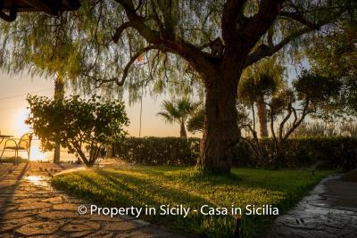 Villa-graziano-with-pool-seaview-sicily-real-estate-5