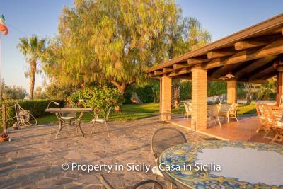 Villa-graziano-with-pool-seaview-sicily-real-estate-8