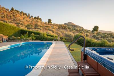 Villa-graziano-with-pool-seaview-sicily-real-estate-23